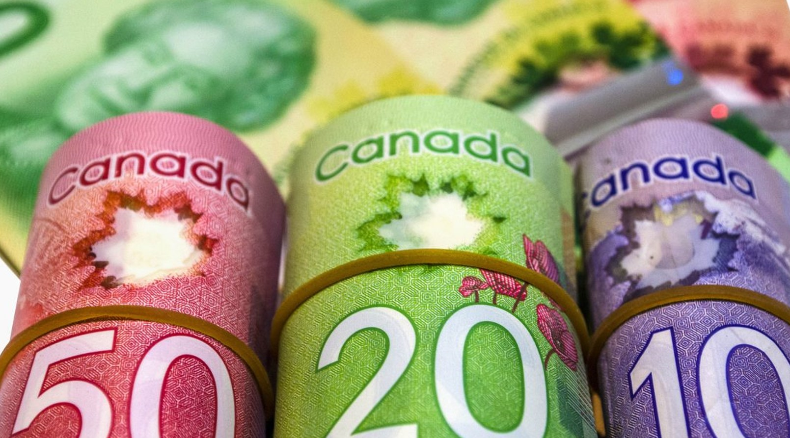 Canada Is Introducing A Federal Minimum Wage: What Employers Need To Know